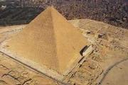В 2012 году археологи распечатают тайные врата пирамиды Хеопса
