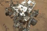 """""""Любопытный"""" начал бурить Марс.Curiosity приступил к первому в истории бурению на другой планете"""